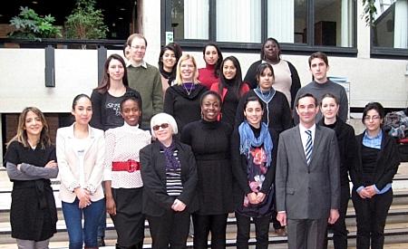 Elèves de la classe préparatoire en compagnie de Stéphane HARDOUIN, Directeur, et Béatrice GAYET, Directrice adjointe © ENG