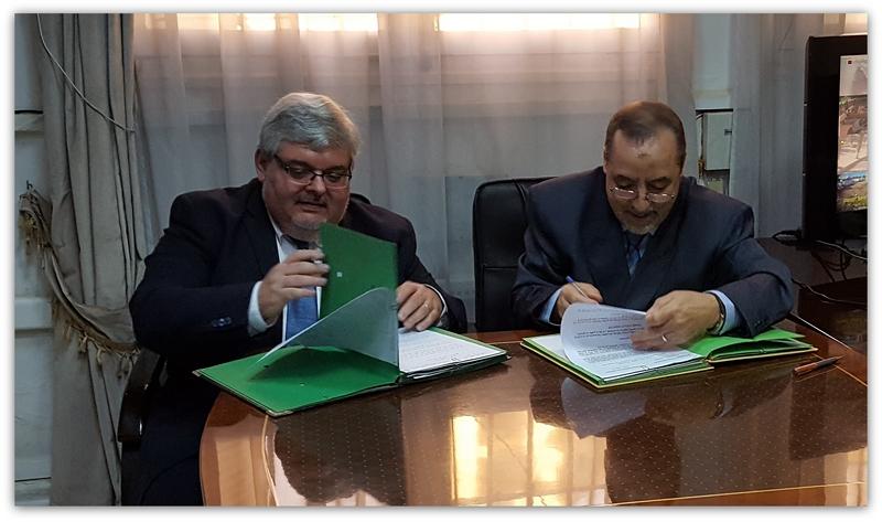 Signature du programme de coopération pour l'année 2017 - Monsieur SENTIS, Directeur de l'ENG, et Monsieur DJEBARNI, Directeur de l'ENPG