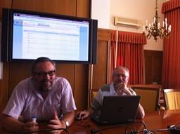 Messieurs Maurino Sanchez et Mariano Cobos, informaticiens au CEJ