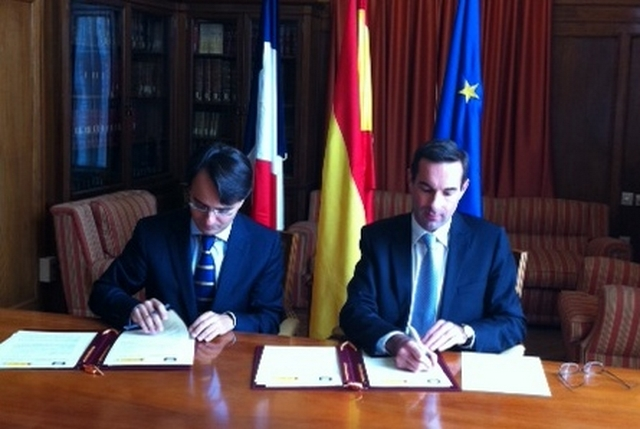 Signature d'une convention avec le Centre d'études juridiques