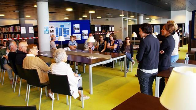 Présentation de la pédagogie au centre de ressources documentaires © ENG